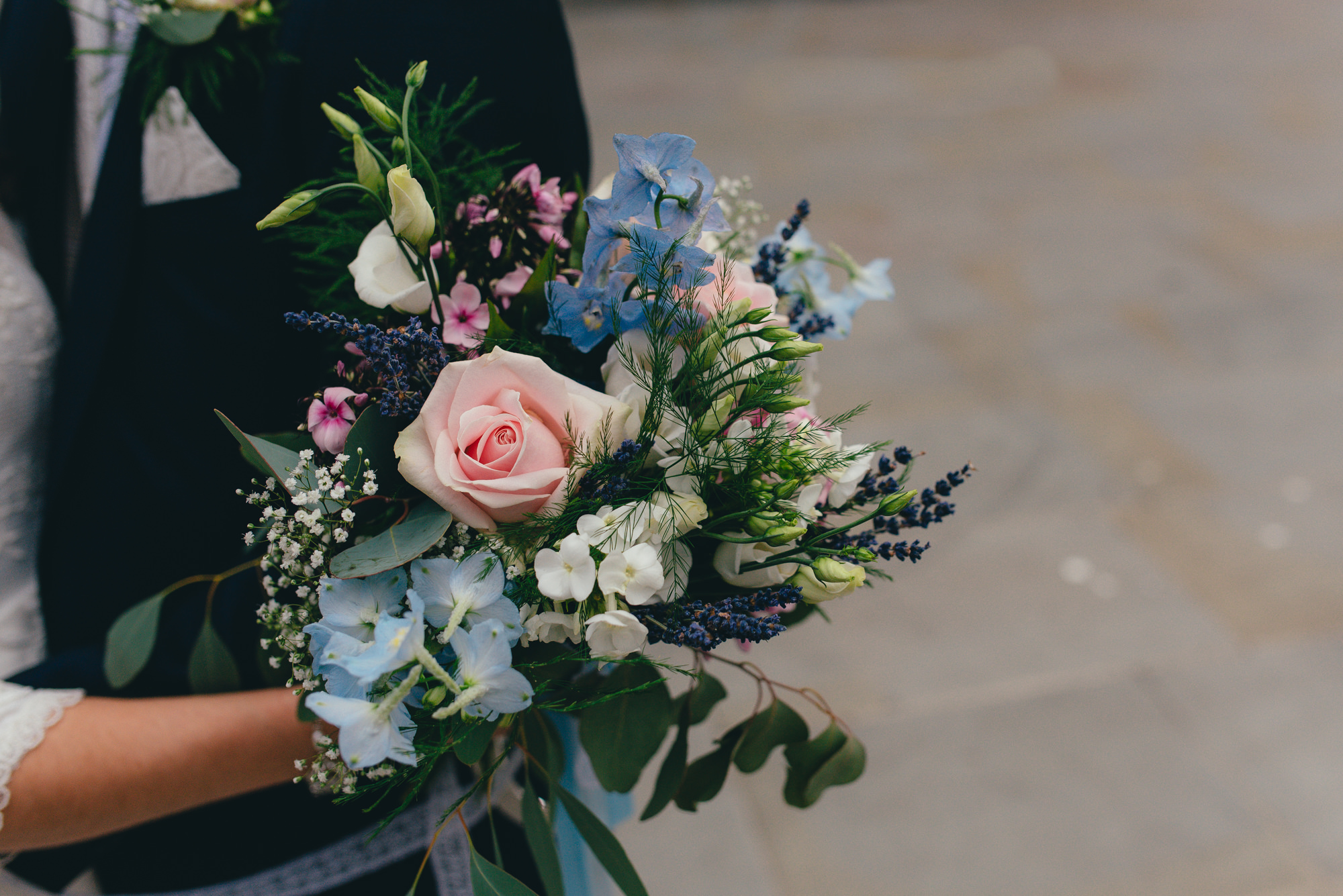natural blue and pink bouquet
